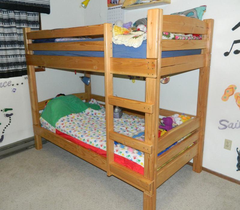bunk bed. Black Bedroom Furniture Sets. Home Design Ideas