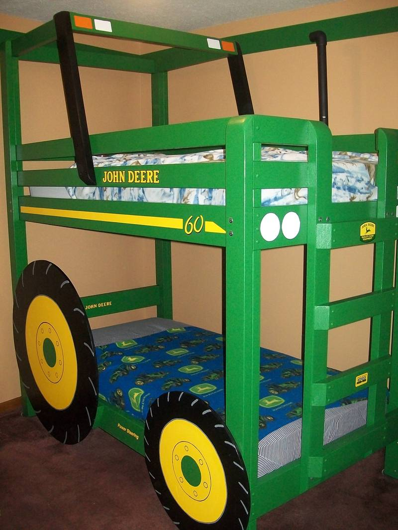 John Deere Bed Plans : Shaun bennett s tractor bunk bed