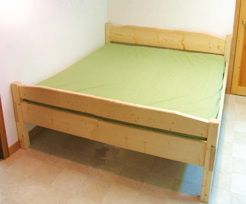 Bed plans queen size pdf woodworking for Wood bed frame plans