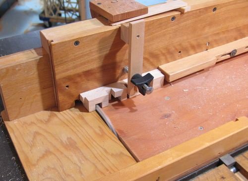 Computerized table saw jig