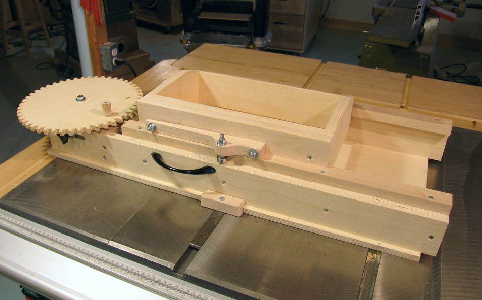 Screw Advance Box Joint Jig Used To Be For Sale