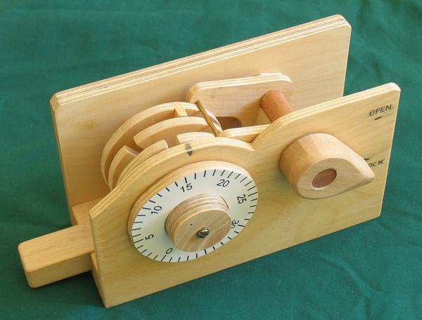 Dudley combination lock with