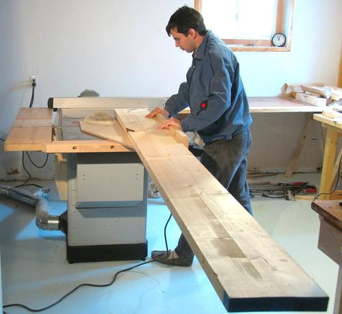 how to cut large pieces of wood on a table saw 1