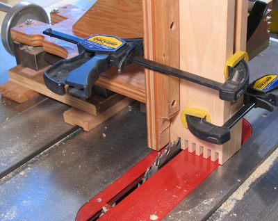 cutting box joints with a table saw 2