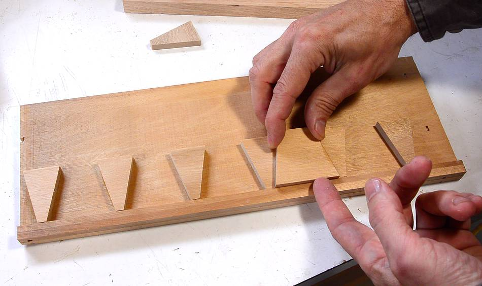 Cheating at hand cut half blind dovetails for Dovetail template maker