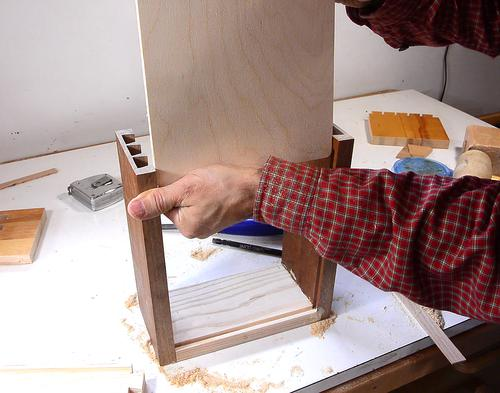 how to cut half blind dovetails