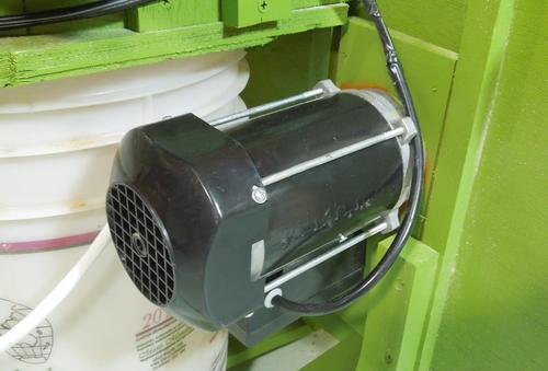 Homemade small dust collector: The blower