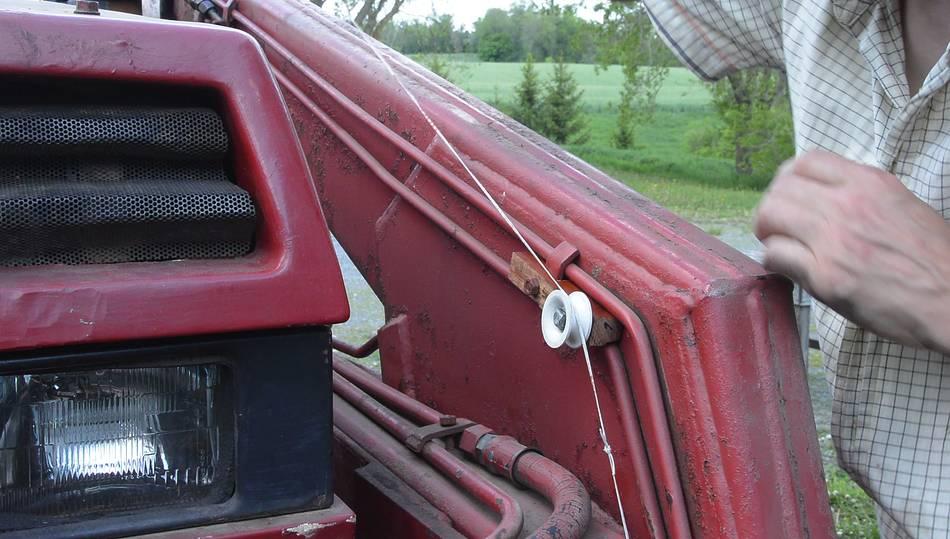 Front End Loader Tilt Angle Indicator