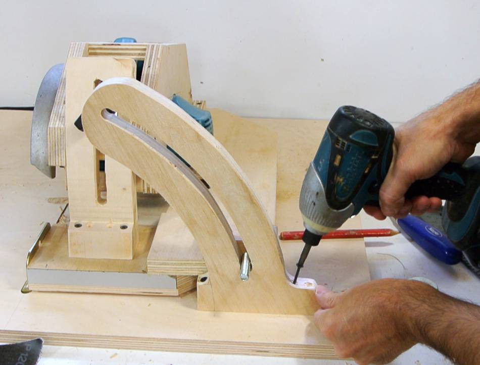 Homemade table saw angle lock and table saw inserts - Defonceuse sous table scheppach hf50 ...