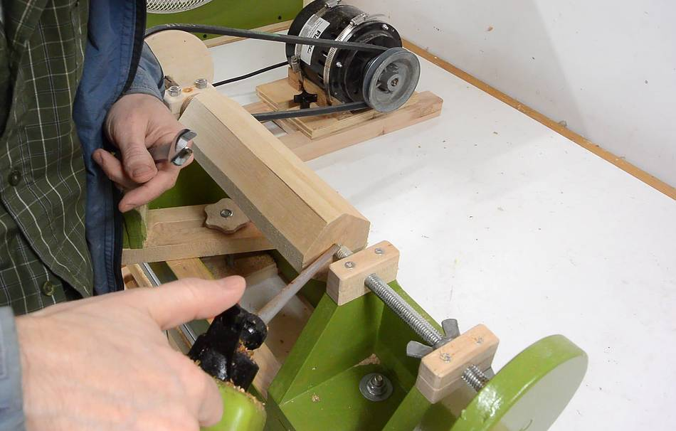 how to make a wood cylinder without a lathe