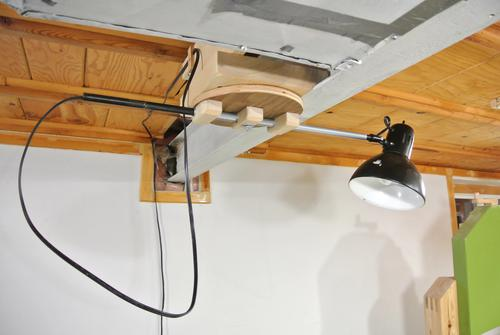 Telescoping ceiling lamp