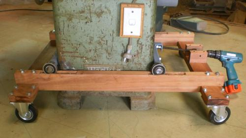 Peter Sibley's heavey duty mobile table saw base