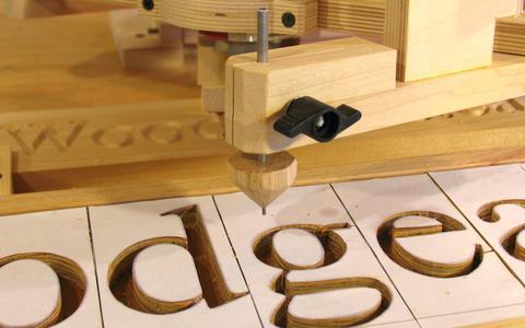 Como hacer letrero de madera. enredandonogaraxe.com