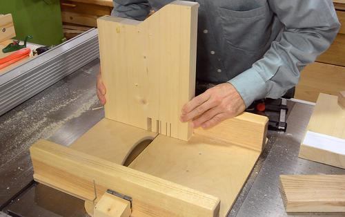Gabarit d fonceuse queues droites copain des copeaux - Fabriquer une table pour scie circulaire ...