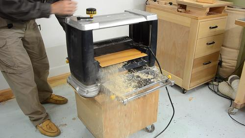 By Contrast The Mastercraft Planer Has A Dust Chute That Will Plug Up Immediately If You Plane Anything Substantial Without Dust Collection Attached