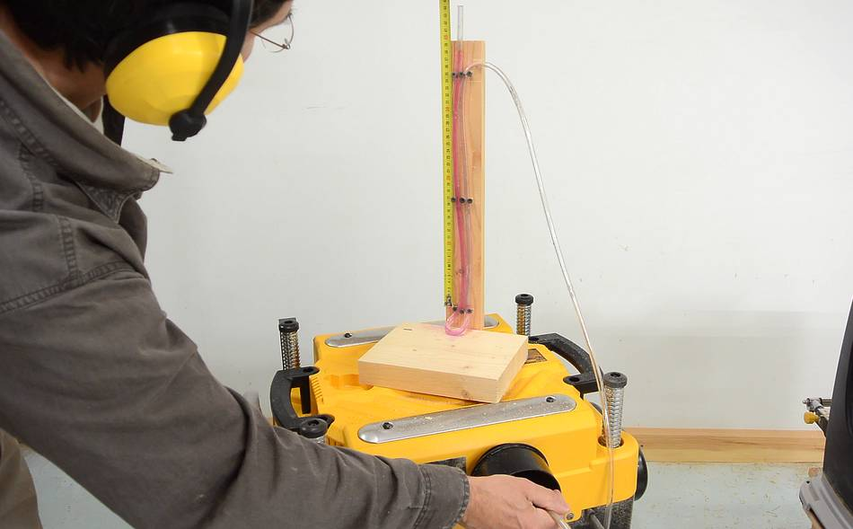 ... with dust collection, butmakes the planer impractical to use without