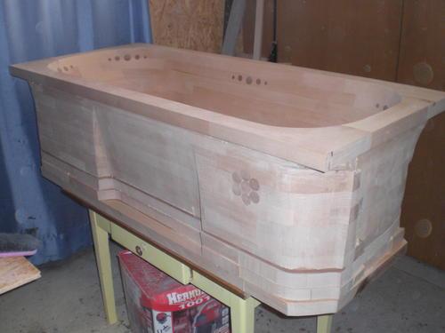 Mitja Narobe S Wooden Bathtub Build