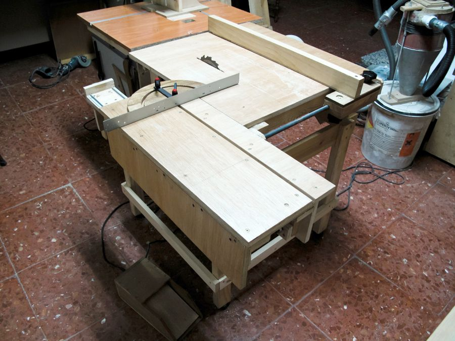 Lucas Contreras 39 S Homemade Table Saw