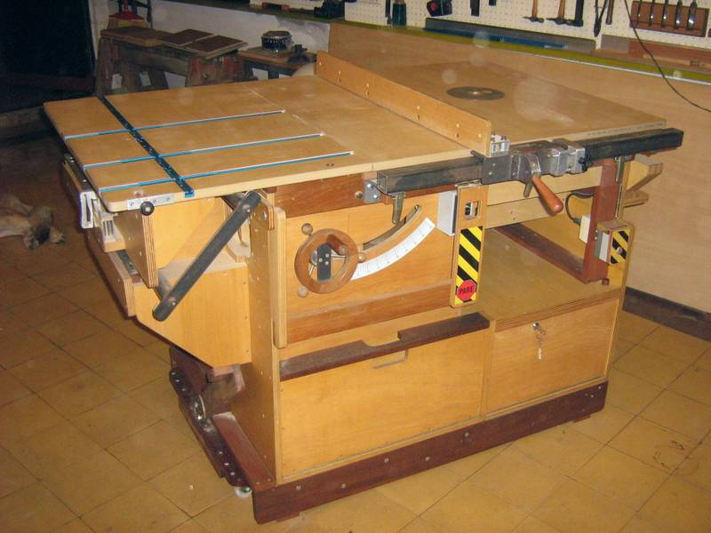 Homemade Table Saw Plans : Blade dia. is 10
