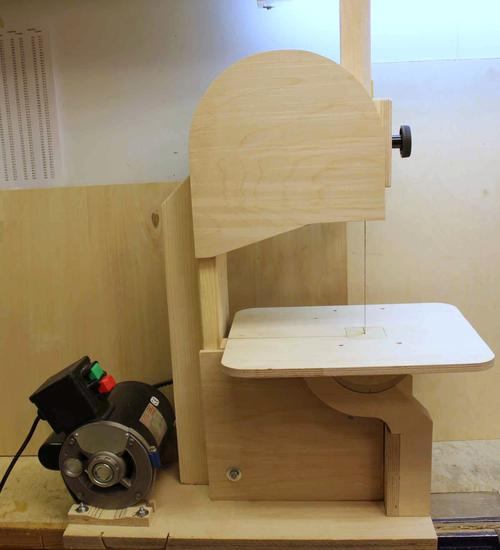 Pekka S Small Bandsaw