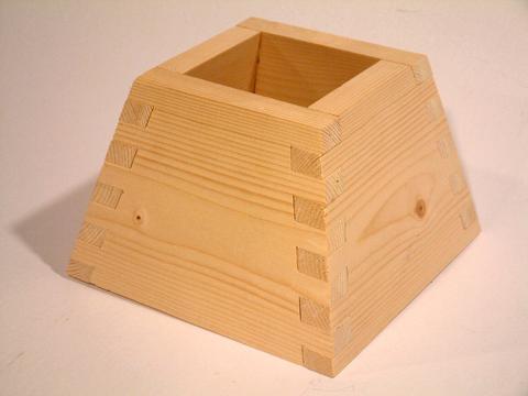 Jim Harvey's angled box joints