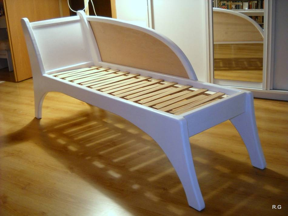 Ryszard Chaise Lounge Build