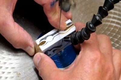 Carving A 3d Reindeer Ornament On The Scrollsaw