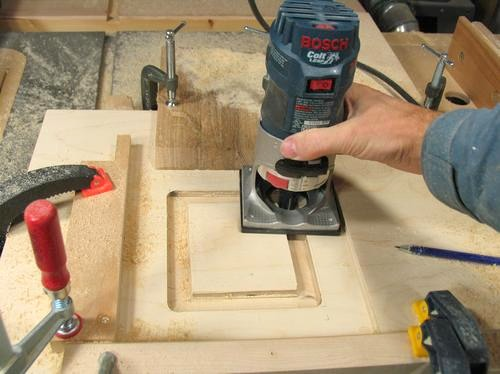 Building the tilting router lift for Woodworking guide