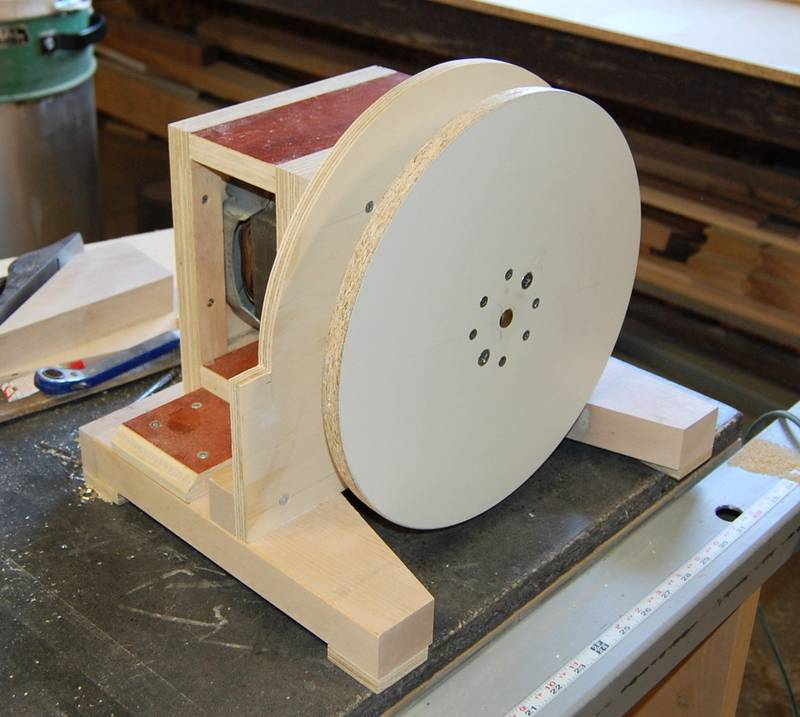 Treadmill Belt Sander: John Heisz's Homemade Disk Sander