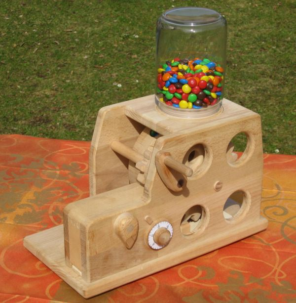 Michael Schultheiss S Secure Smarties Dispenser
