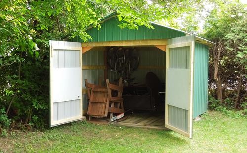 Summerhouse With Veranda B 9m C2 B2 40mm 57 X 35 M Copy besides Log Cabins further Colorado Pole Barns Garages Sheds Hobby Buildings further R Coffre de rangement jardin pvc besides Keep Your Garden Tools Organized With A Pvc Storage Rack. on garden shed storage