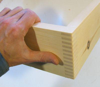 Box Joined Shelf Brackets