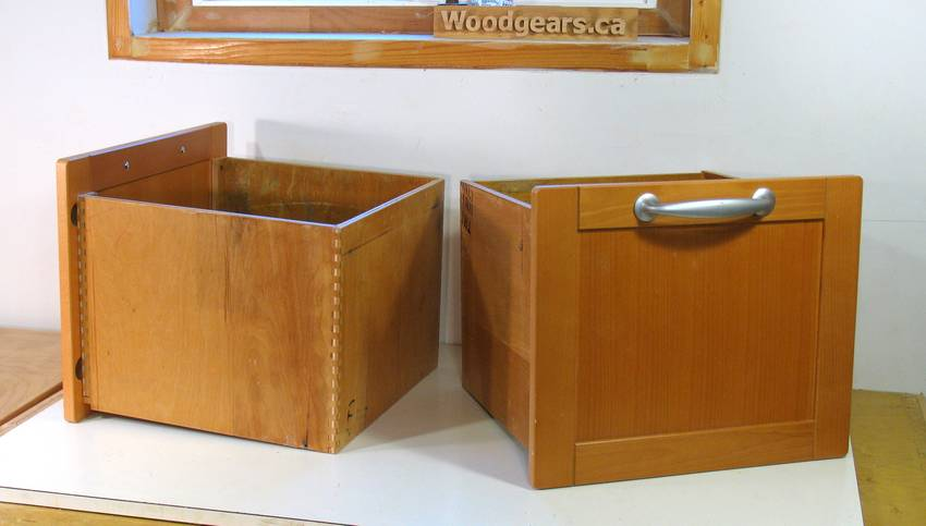 Building cabinet door drawers cabinet doors for Building frameless kitchen cabinets danny proulx