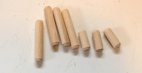 Joining wood panels