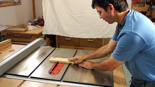 Table Saw Kickback From Crosscuts An Experiment
