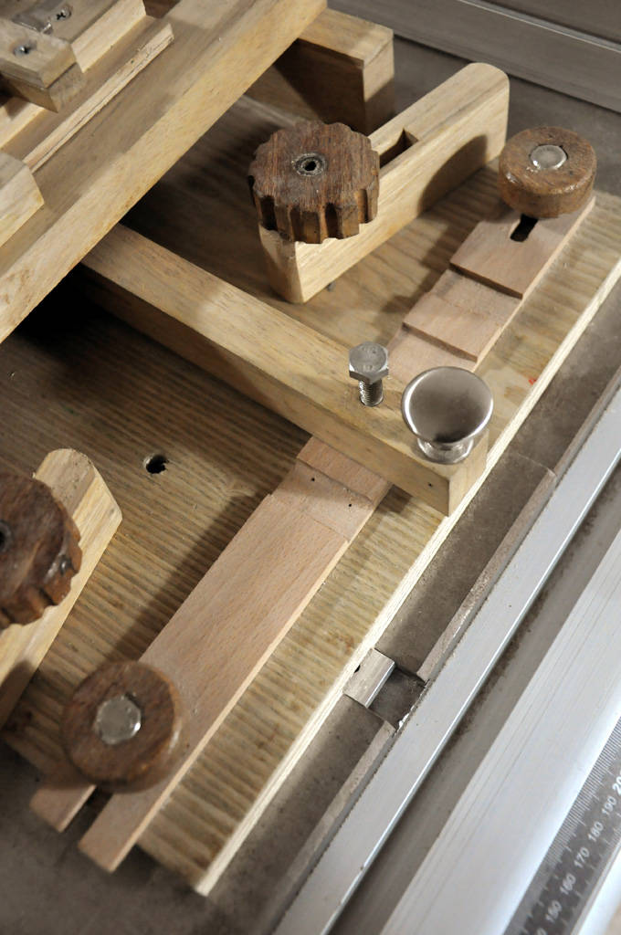 Yiyong Leng's tenon jig and other projects