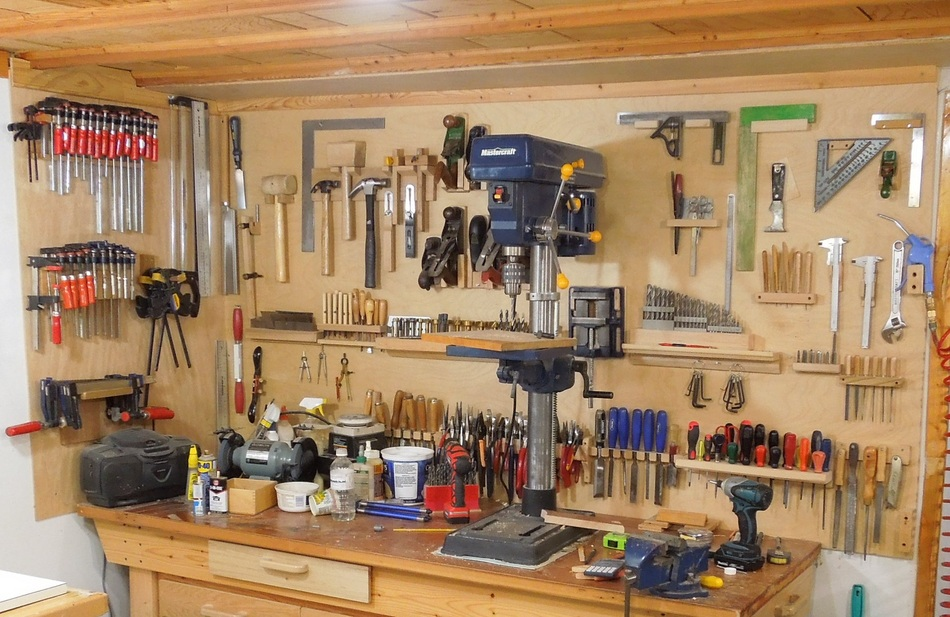 Soportes de pared para herramientas - Materiales de carpinteria ...