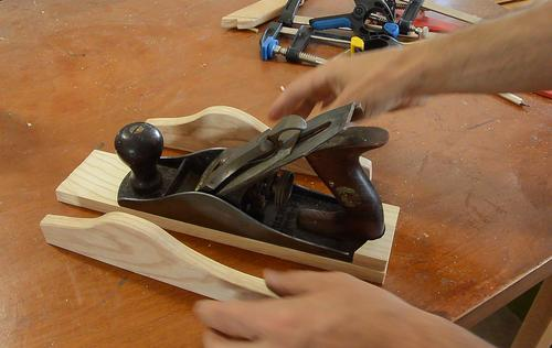 This is how the pieces go together. & A better hand plane holder