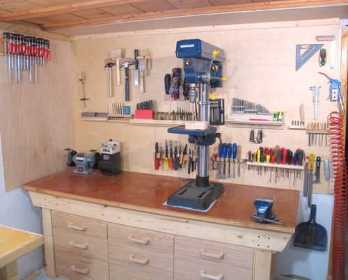And an overall view of how this fits together with my workbench and ...