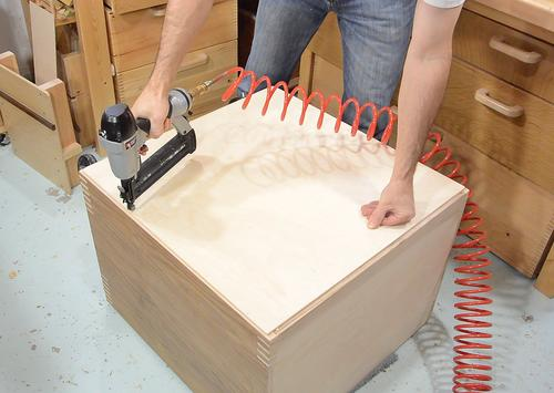 Making drawers for the mobile tool stand