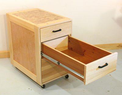 mobile tool stand