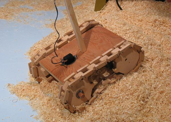 Wooden tank thread vehicle