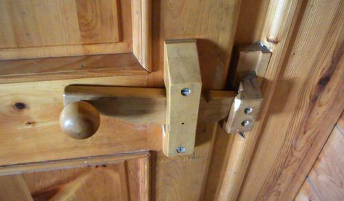 My dad originally started making wooden door latches for the cottages he built at Amogla c&. Conventionally available doorknobs and strike plates don\u0027t ... & Wooden door knobs \u0026 latches