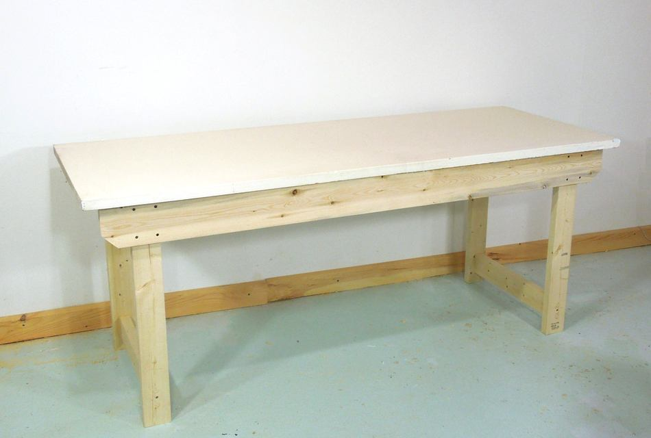 How to build a simple sturdy workbench for Como hacer un bar de madera