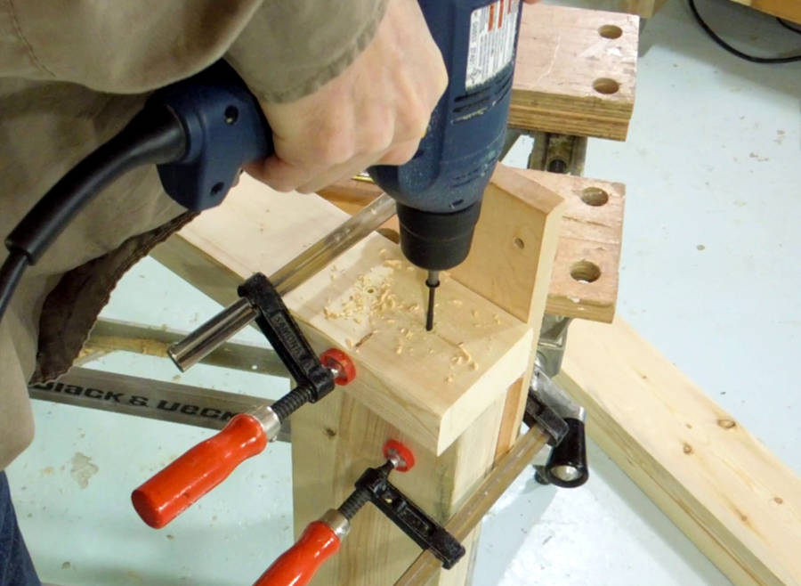 How to build a simple sturdy workbench