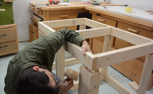 then mating the front frame i need 8 mortise and tenon joints to mate at once this is only a dry fit i need to take this workbench apart again to move - Workbench Frame
