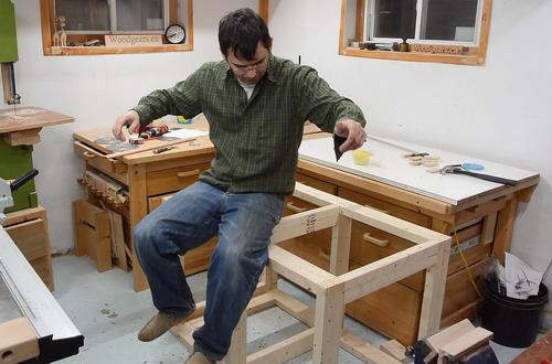 even dry fit the workbench frame is quite sturdy it survives the jump test just fine - Workbench Frame