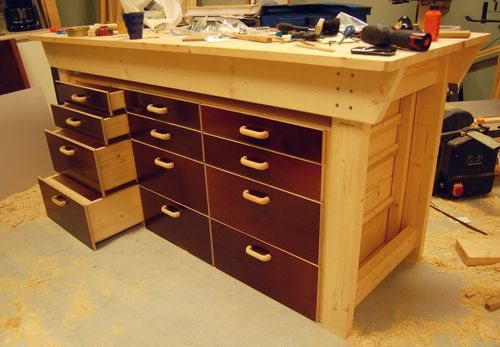 Learn to project: Portable woodworking bench plans